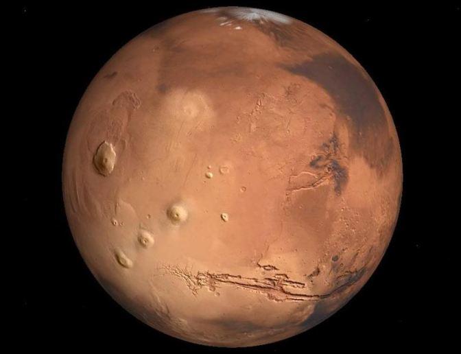 Evidencia de agua líquida subglacial en Marte