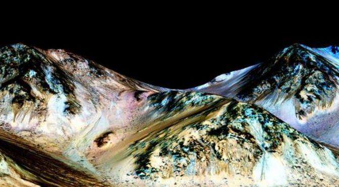 Nuevo vídeo: Agua líquida en Marte