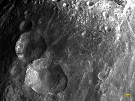 asteroid-vesta-snowman-craters