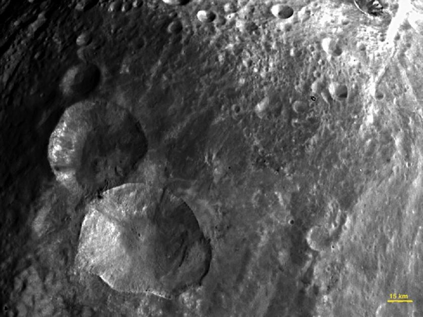 asteroid-vesta-snowman-craters