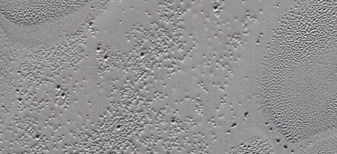 Viajando por la superficie de Plutón