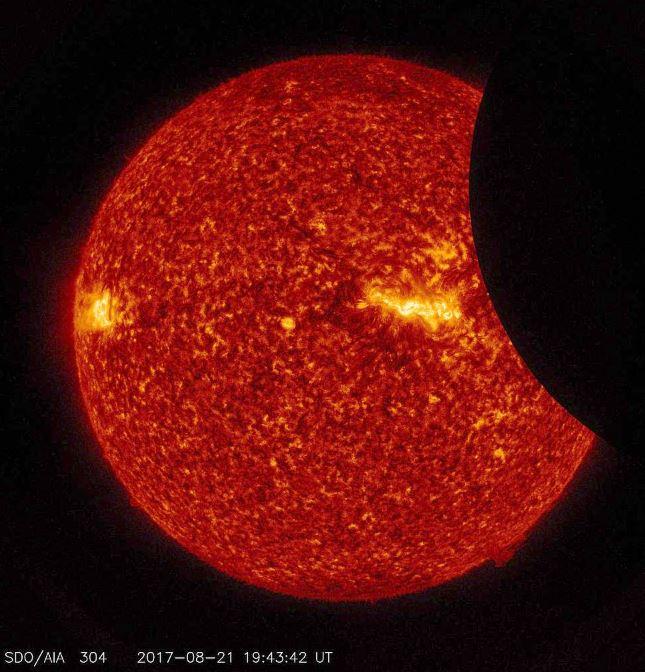 Las mejores imágenes y vídeos del eclipse total de Sol