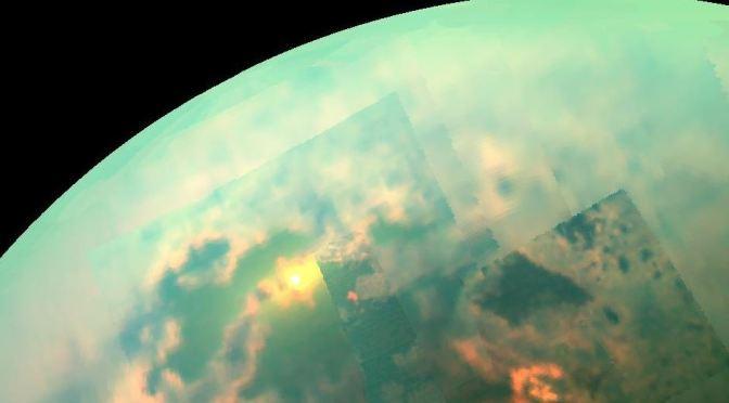 Moléculas orgánicas en la atmósfera de Titán