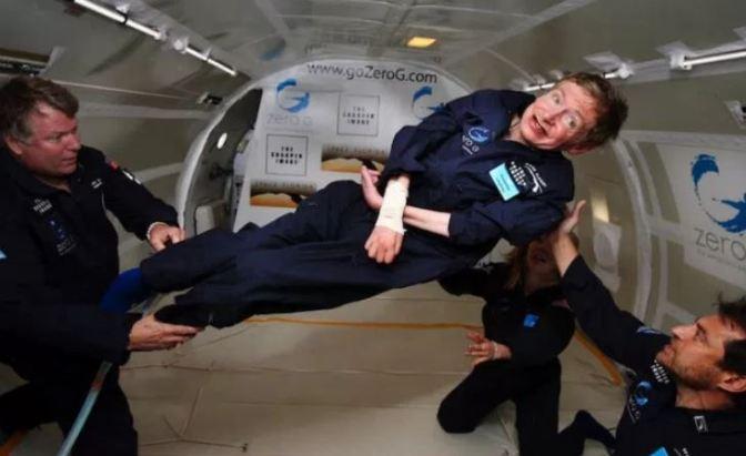 Stephen Hawking, un genio entre las estrellas