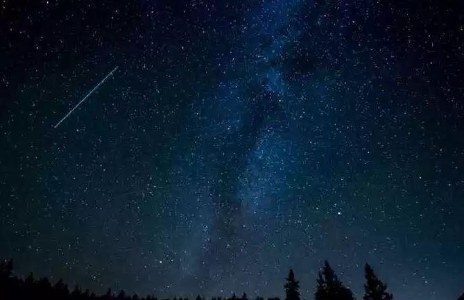 Perseidas 2018, la más bella y espectacular lluvia de estrellas fugaces del verano