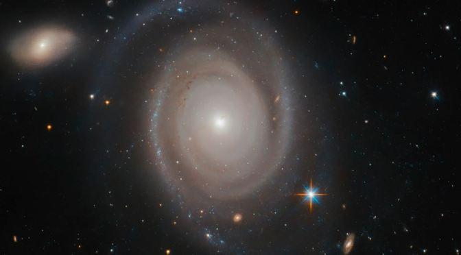Una preciosa galaxia en la constelación del Dorado