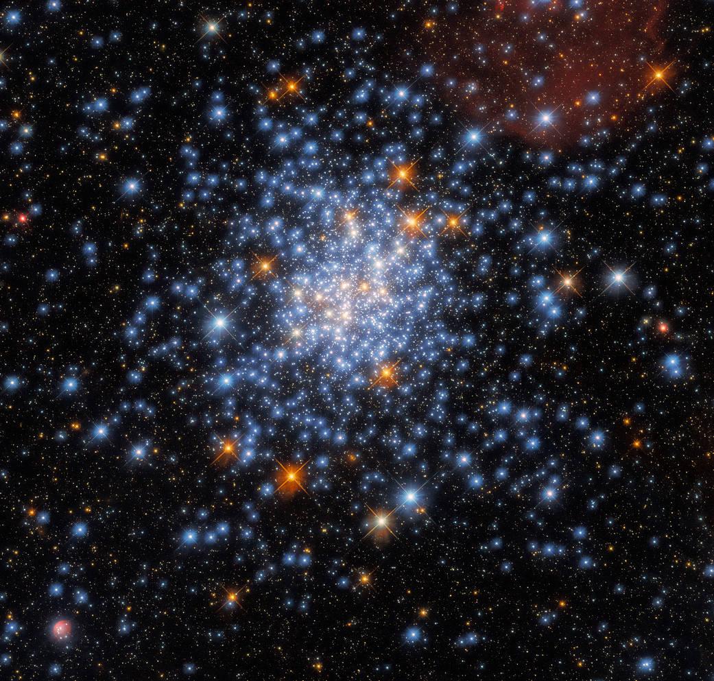 El impresionante cúmulo estelar NGC 330